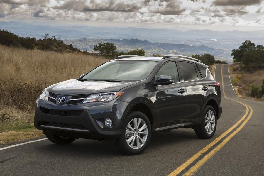 2013 Toyota RAV4 Photo 2 of 18