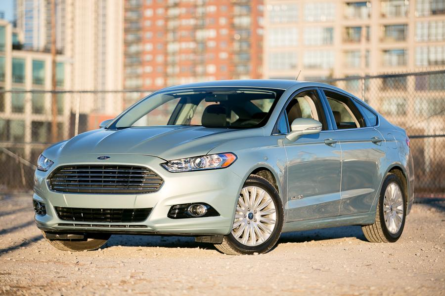 2013 Ford Fusion Hybrid Photo 1 of 10