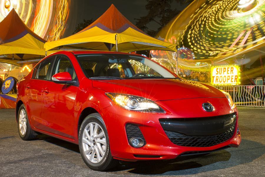 2013 Mazda Mazda3 Photo 3 of 25