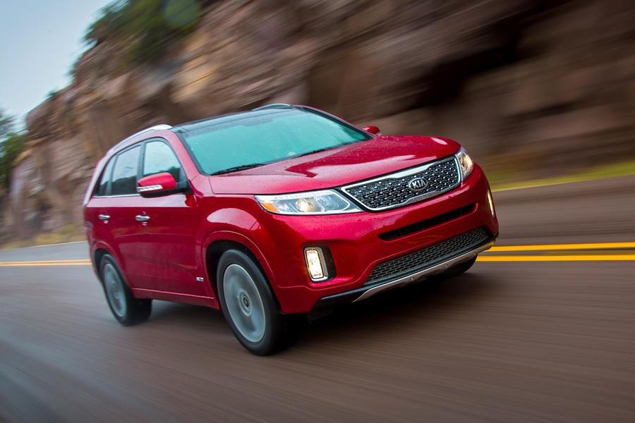 2014 Kia Sorento Photo 3 of 46