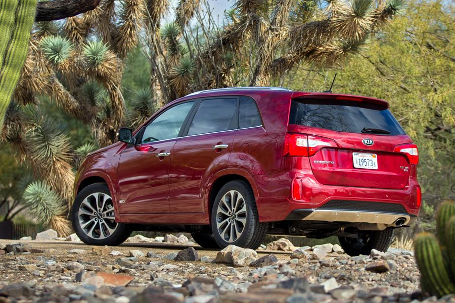 2014 Kia Sorento Photo 5 of 46