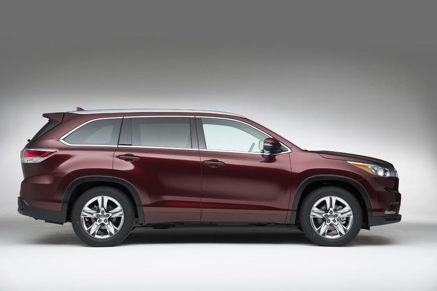 2014 Toyota Highlander Photo 3 of 23