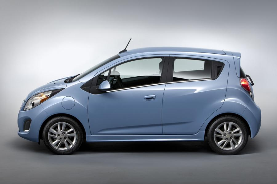 2014 Chevrolet Spark Photo 3 of 25