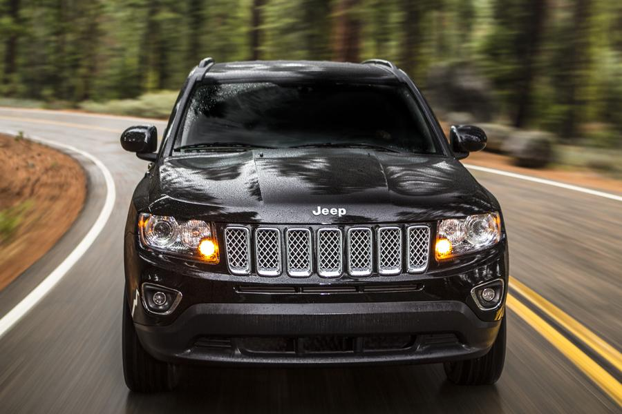 2014 jeep compass overview. Black Bedroom Furniture Sets. Home Design Ideas