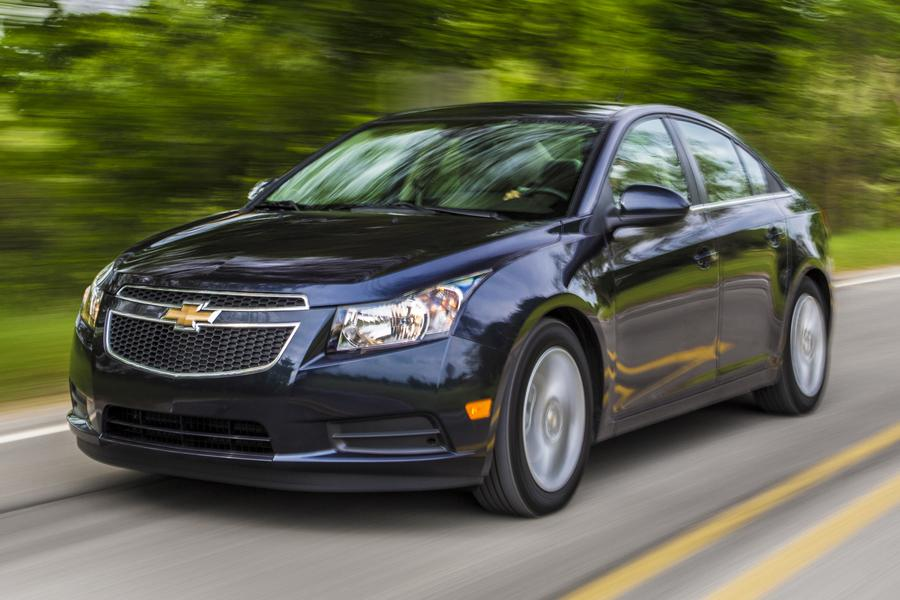2014 Chevrolet Cruze Photo 4 of 39