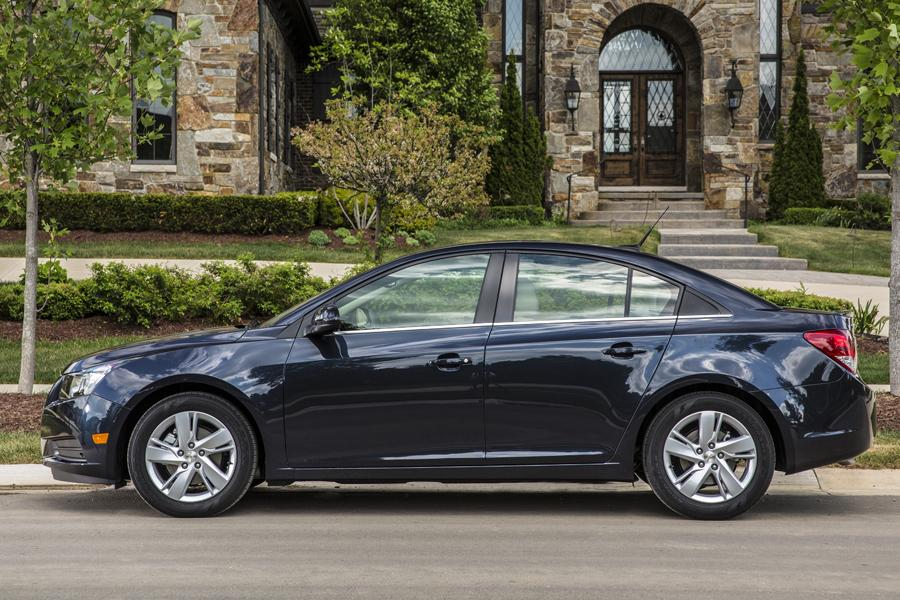 2014 Chevrolet Cruze Photo 5 of 39