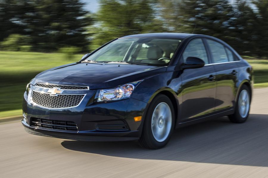 2014 Chevrolet Cruze Specs Pictures Trims Colors
