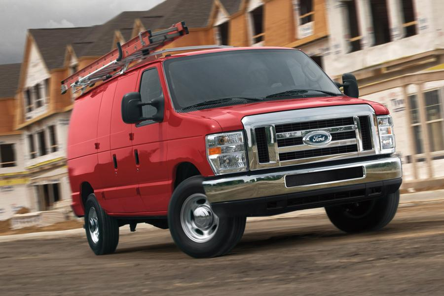 2013 Ford E350 Super Duty Photo 2 of 11