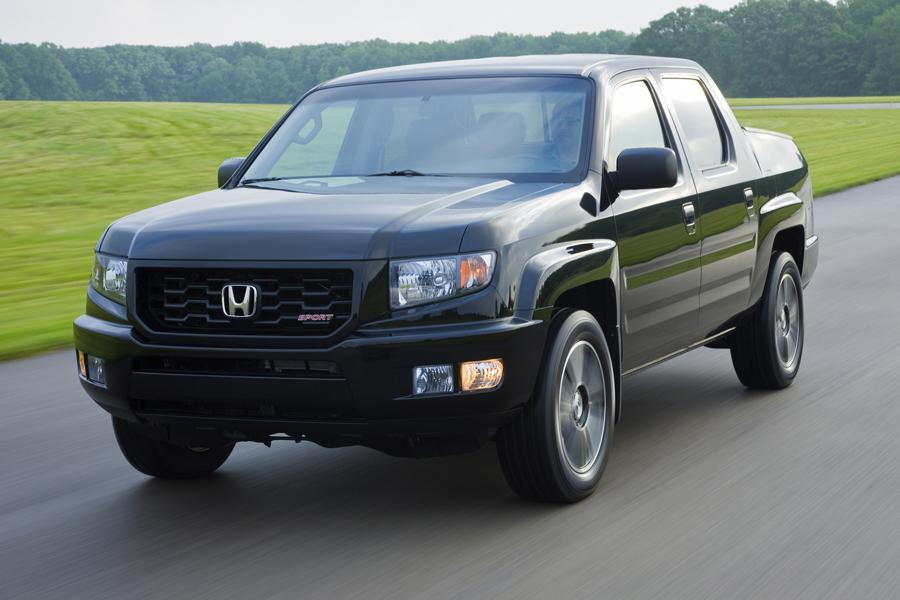 2013 Honda Ridgeline Photo 4 of 16