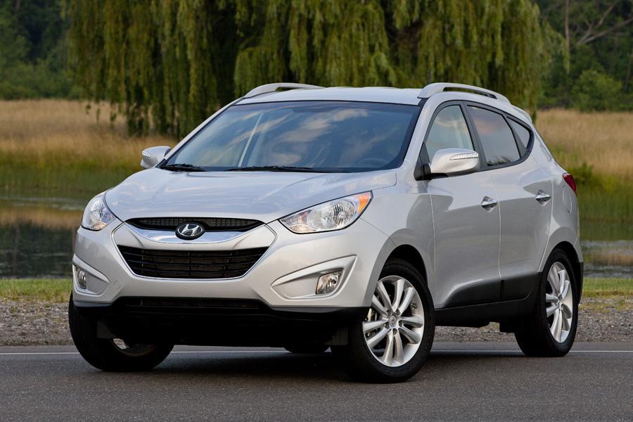2013 Hyundai Tucson Photo 3 of 14