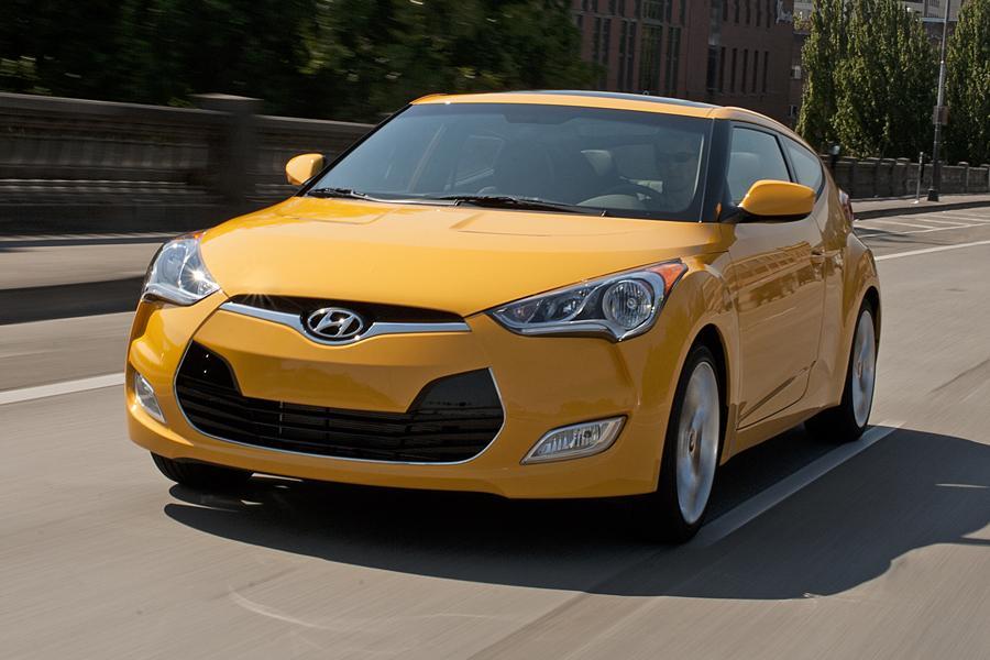 2013 Hyundai Veloster Photo 1 of 18