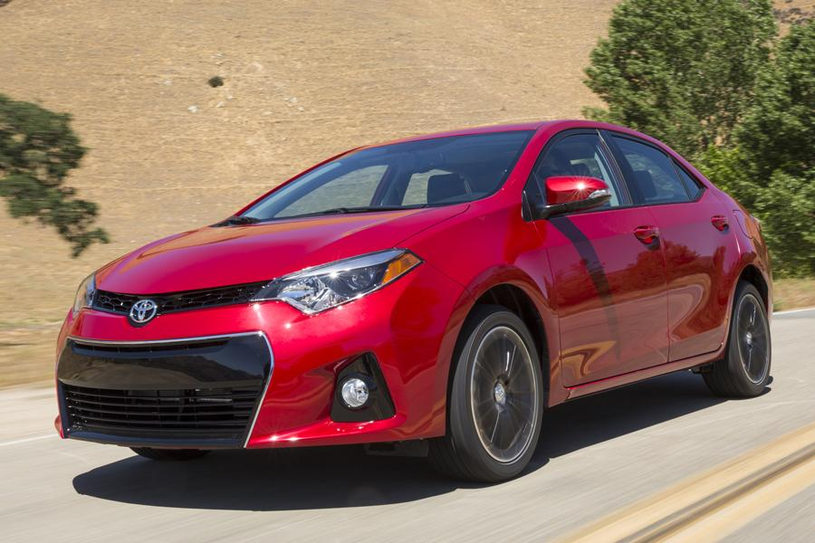 2014 Toyota Corolla Photo 2 of 20