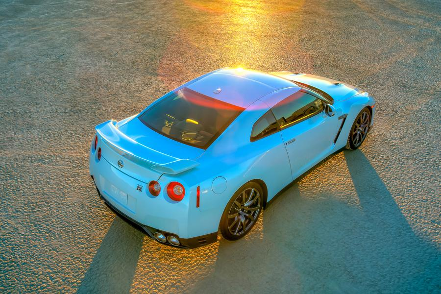 2014 Nissan GT-R Photo 3 of 20