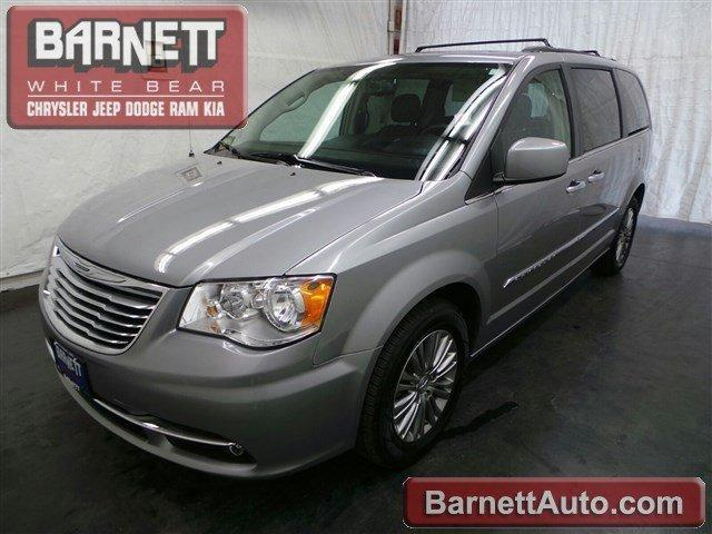 Used 2016 Chrysler Town & Country Touring-L
