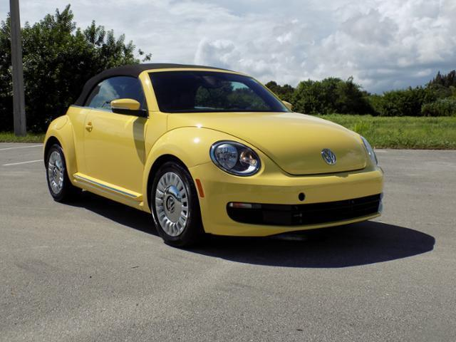 Used 2015 Volkswagen Beetle Auto 1.8T PZEV