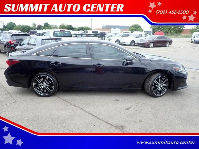Used Toyota Avalon Summit Il